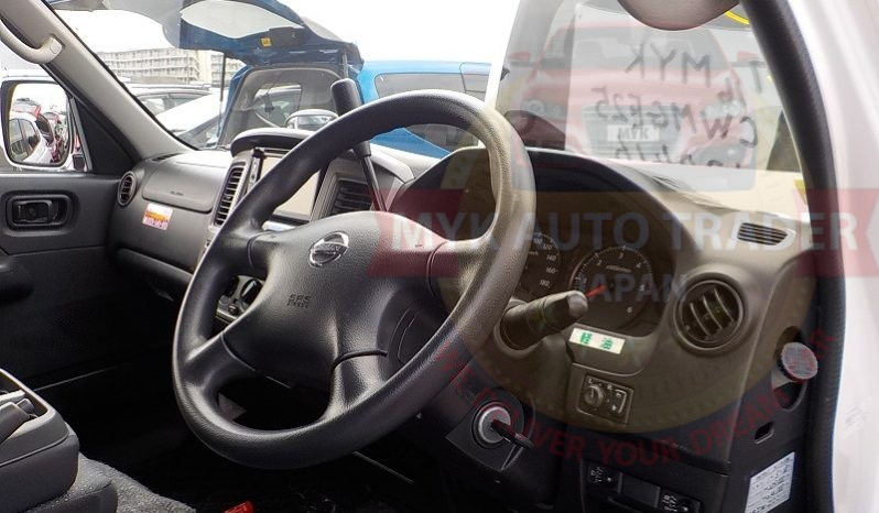 Nissan Caravan STV300007 full