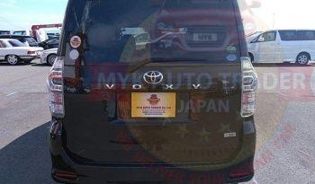 TOYOTA VOXY ZS JM10045 full