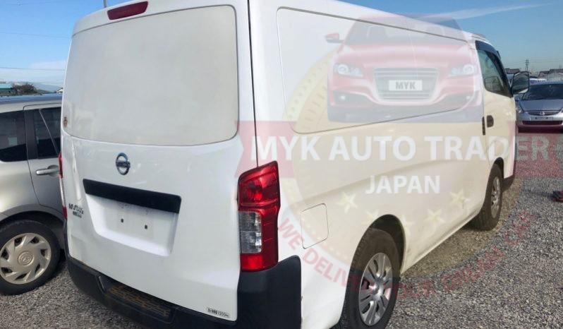 Nissan caravan White full