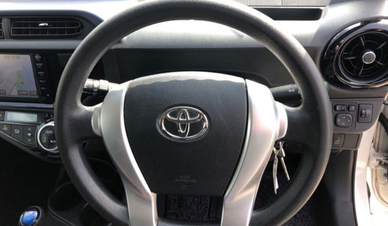 Toyota Aqua s TL10010 full